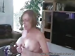 Melanie The Cumslut