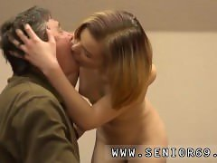 Massive pov blowjob He should be more sociable, and she has just the