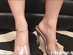 My perfect feet were made for giving footjobs