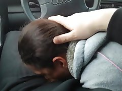 Olya sucks in the car