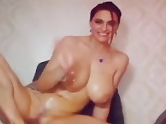 COMPILATION HUGE MASSIVE WEBCAM BOOBS