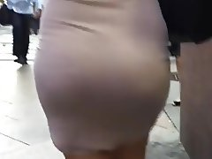 Bootylicious Butter Pecan In Tight Mini Dress