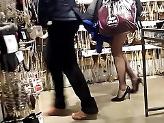 candid hot long pantyhosed legs shopping