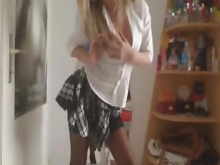 Blonde School Girl Gets Naked On Cam