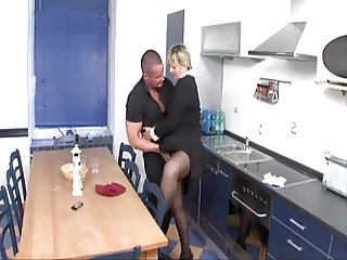 Mature housewife nailed good in the kitchen
