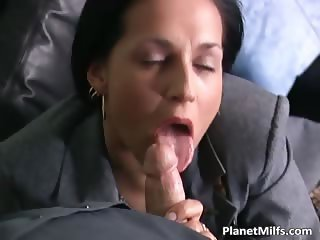 Brunette MILF in stockings loves part3