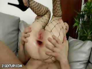 Anal Training of Pola Sunshine