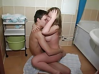 Horny Teen Couple Awesome Bathroom Fuck