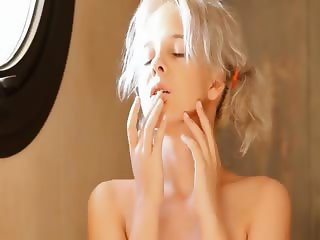 Shaving of beautiful 18yo blonde hole