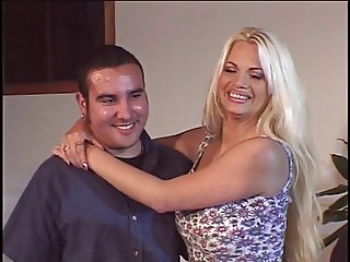 Blonde in heat finds herself a stud