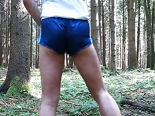 crossdresser in short shorts