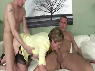Mature brit mmf threesome fuck and facial