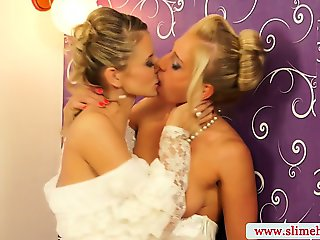 Bukkake for two bridal blondes