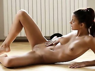 Exquisite beauty pose on the floor