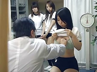 Japanese schoolgirl (18+) medical exam