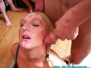 British blonde babe has fun
