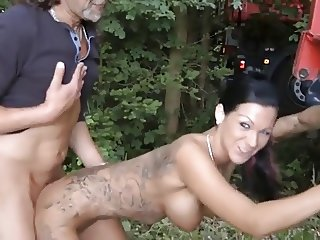 tattooed slim brunette get fucked outdoor