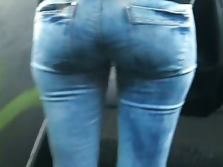 Beautifull ass in blue jeans 2