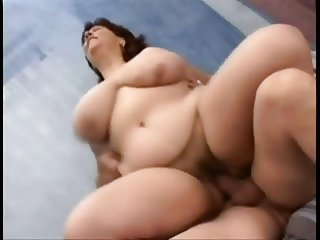 Great plump mom with hairy cunt & giant saggy boobs