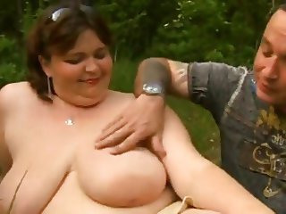 Fatty mom with plump cunt & yummy tits