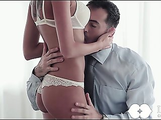 Sexy Fucking On A Round Bed