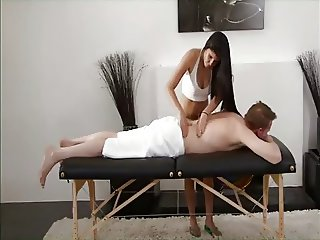 Mar ried jwoman massage enemaspa ch2 - 2 4