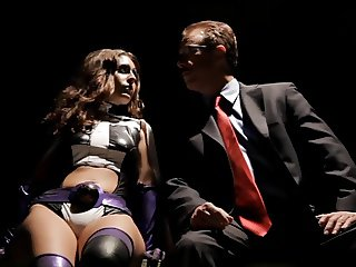 THE HUNTRESS PARODY - GRACIE GLAM