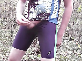 Double cumshoot in lycra shorts