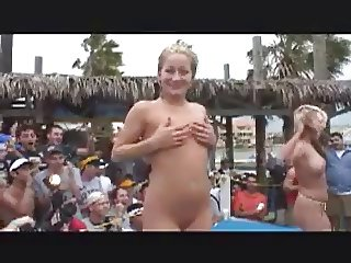 Spring Break Girls Eat Pussy and Dry Hump for a Crowd