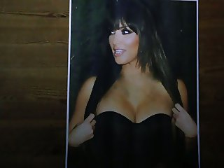 Kim Kardashian Cum Tribute 2 (with original orgasm)