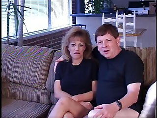 Sexy blond hussy gets cunt banged