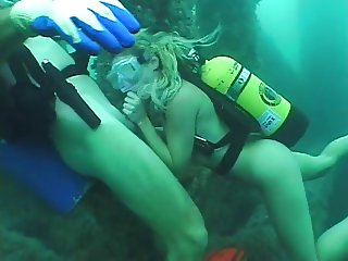 Deep Scuba Threesome - Part 1