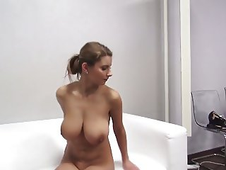solo euro babe huge titts