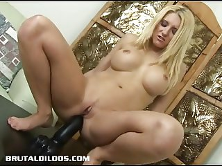 Vivian tastes brutal dildo that just gaped her asshole