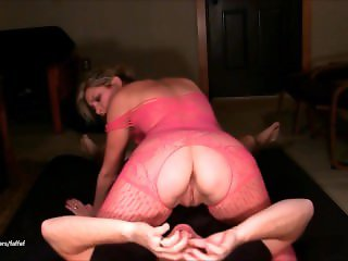 Licking MILF pussy 69 Facesitting Squirt