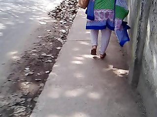 Bangla ass on street