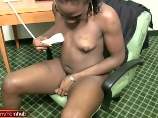 Brown skin shebabe in fishnet squits jizz on her small tits