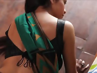 hot bhabhi in saree makes you cum