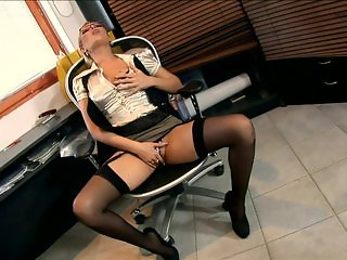 Secretary Donna fucked in black seamed nylon