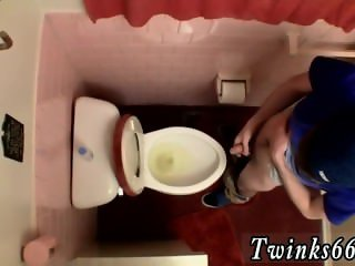 Truckers s pissing gay Unloading In The Toilet Bowl