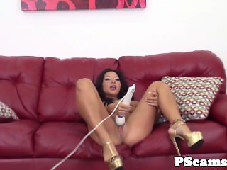 Morgan Lee pussyfucked during livechat