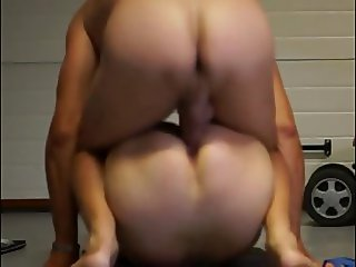 Sex in the garage (amateur couple)