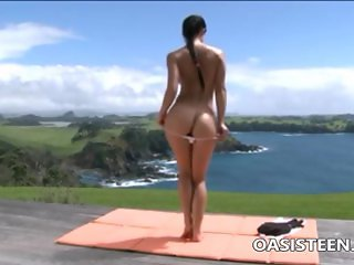 Outdoor fitness in yoga tight pants