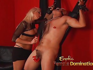 Kinky blonde stunner Nikki Hunter pleasures her mans fat