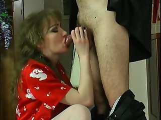 RUSSIAN MATURE LEILA 06