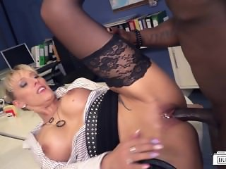BumsBuero - German MILF secretary gets pleased by BBC in interracial action