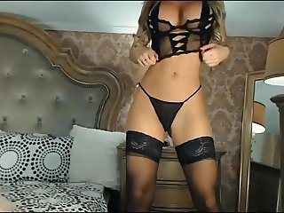 Busty Euro Babe In Sexy Lingerie On Cam2
