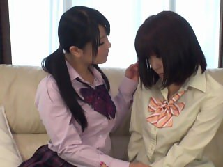 DIV-161 Lesbian Kissing Tongue Swapping Action