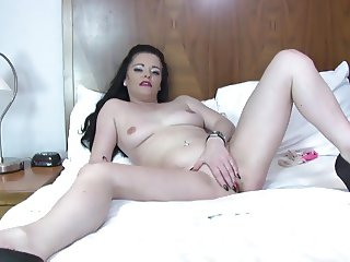 Amateur mother masturbate first time on cam