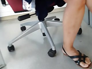 candid sexy secretary legs under desk pt1